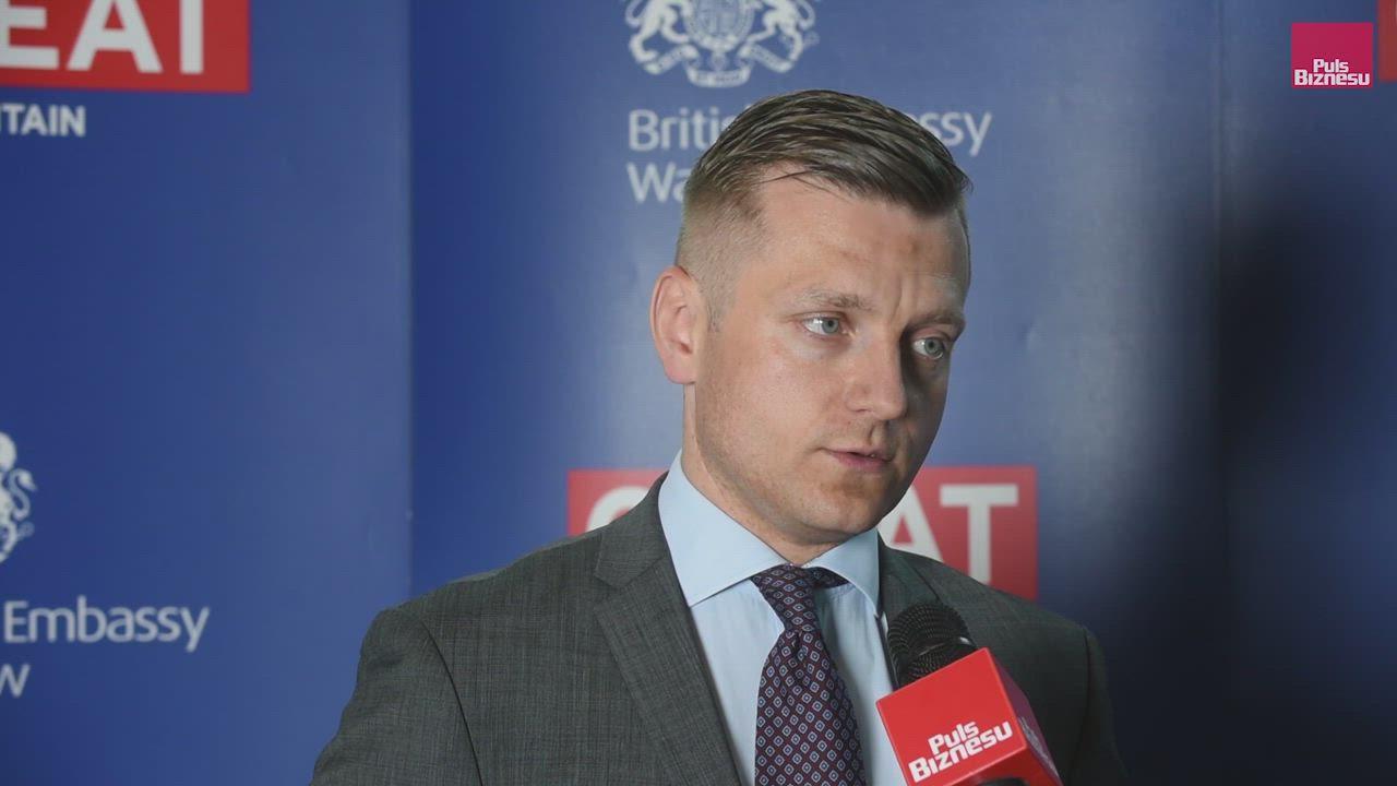 Split payment: Marcin Zawadzki, PwC